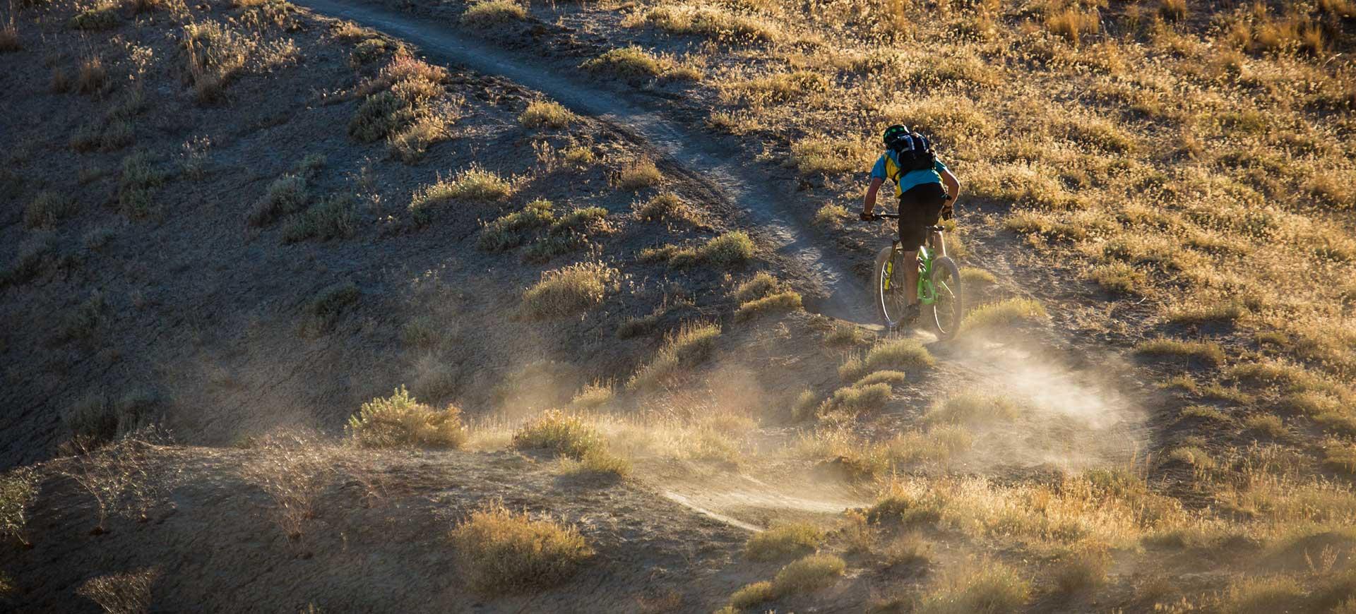home_biker_slider_bg2.jpg